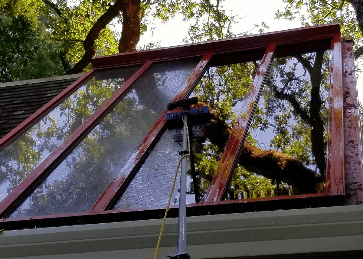 Pure Water Window Cleaning in Sacramento, CA