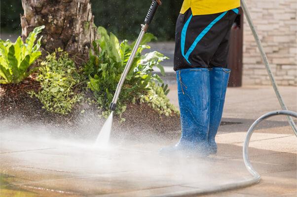 Pressure Cleaning in Elk Grove, CA by Masters